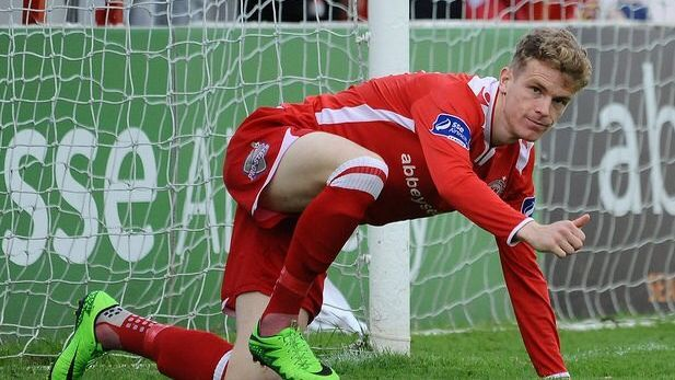 An image of James English playing for Shelbourne FC.