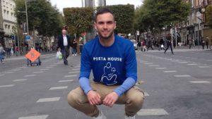 Davy O'Connor to run 50km to raise €1,000 for Pieta House