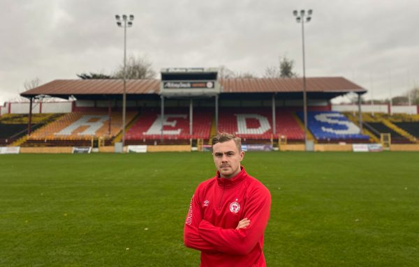 Midfielder Georgie Poynton signs for Shels