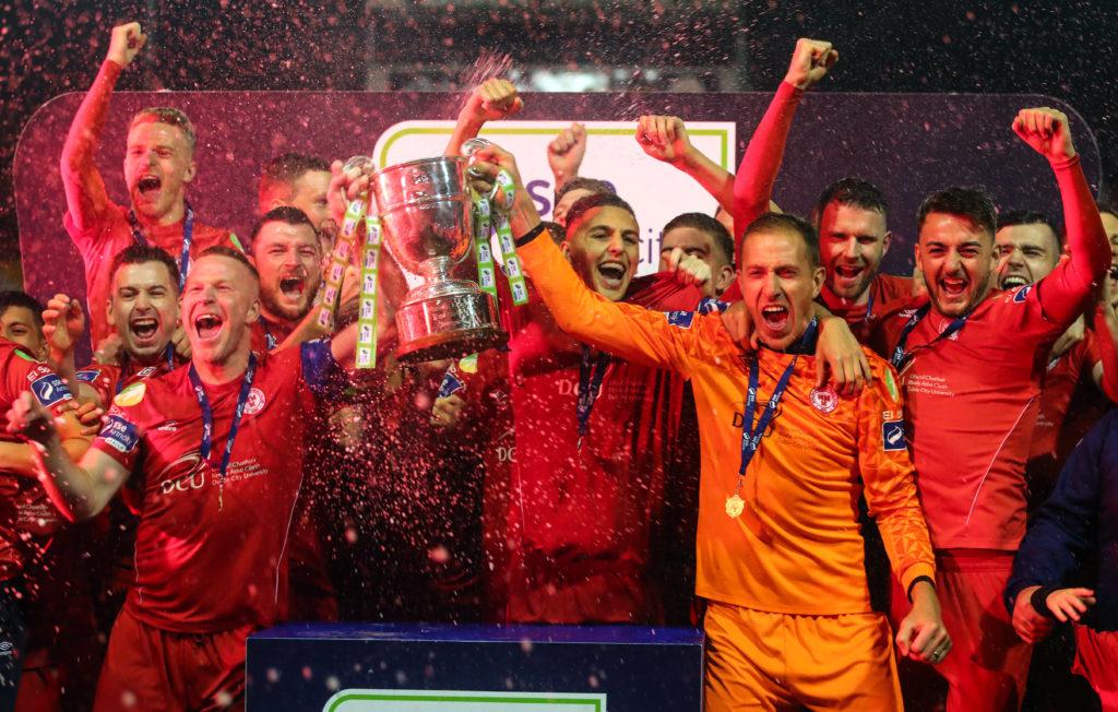 Shelbourne lifting league trophy