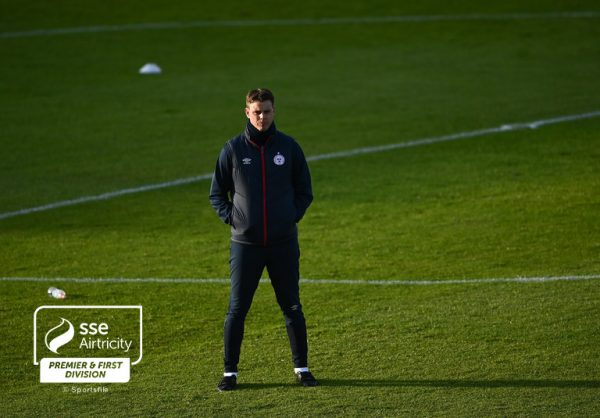 Morris looking forward to top of the table clash